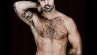Download GUSTAVO MARZOLLA SHIRTLESS Video