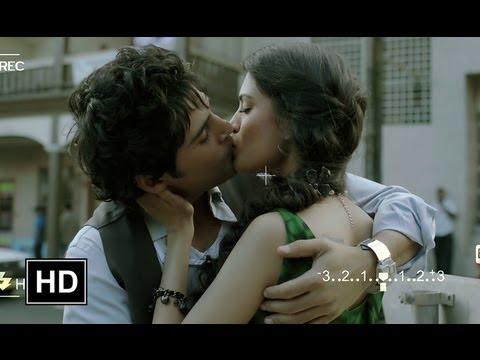 Vivaan & Siya's Lip Lock Video Scene - Table No.21