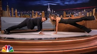 Download Gisele Bündchen Shows Jimmy Planking Exercises Video