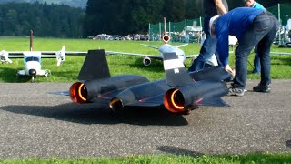 Download The New R/C Lockheed SR-71 Blackbird by Roger Knobel with After-Burn Hausen flight day 2014 Video