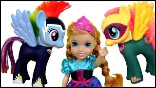 Download FLYING on PONIES! Pony RACE! ELSA & ANNA toddlers PLAY Video