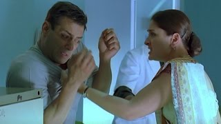 Download Kareena Kapoor gets abusive with Salman Khan | Kyon Ki Video