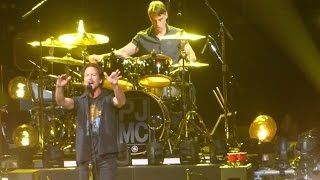 Download Pearl Jam ″Ten″ LIVE April 29th 2016 Video
