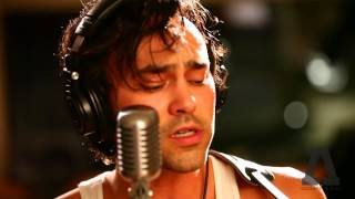 Download Shakey Graves - Roll the Bones - Audiotree Live Video