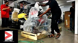 Download 2017 Aprilia RSV4 RF Unboxing, Delivery, Owner Reaction #Bikes@Dinos Video