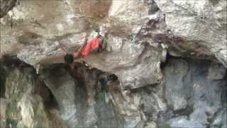 Download Thai Monkey Man Freestyle Climbs Cliff Video