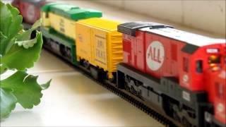 Download Composição Frateschi HO c/ 4 locomotivas e 1 vagão limpa trilhos Frateschi. Video