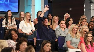 Download Superfan Brad Pitt Distracts Ellen While Sitting in the Audience Video