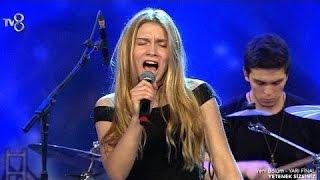 Download Aleyna Tilki - Uzun İnce (Yetenek Sizsiniz Yarı Final Performansı) Full HD Video