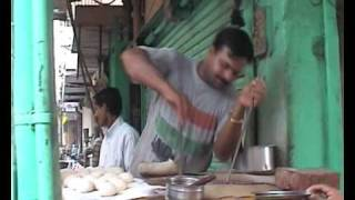 Download Making Chapati very fast - India Video