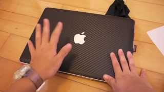 Download iCarbons Black Carbon Fibre Skin Installation for Macbook Pro 13″ Video