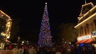 Download Main Street USA Christmas decorations at Disneyland 2015 Video