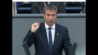 Download Bundestag-Antrag: Johann Saathoff (SPD) kontert AfD auf Plattdeutsch aus Video