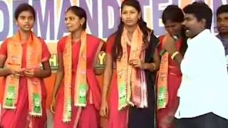 Download RASAMAYI BALAKRISHNA DHOOM DHAM AND DANCE AT DELHI TELANGANA MOVEMENT Video