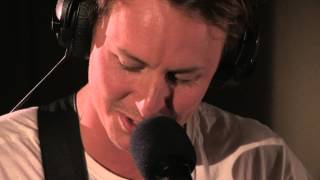 Download Ben Howard covers Call Me Maybe in the Live Lounge Video