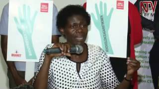 Download Etteeka ku mukenenya: Waliwo ebikyatabudde bannakyeewa Video