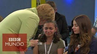Download La respuesta de Angela Merkel que hizo llorar a una niña palestina Video