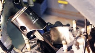 Download How to change piston / top end rebuild 2002-2007 Honda Cr 250 Video