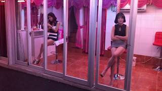 Download SOUTH KOREA: RED LIGHT DISTRICT in SEOUL's Yeong Deung Po district 강재영오빠성매매관리 Video