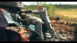 Download 2 ci dünya savaşından kalma sovyetler tankı bataklıktan çıkarıldı.içinden çıkanlar şaşırttı.. Video