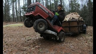 Download Towing a heavy trailer with a lawn tractor Video