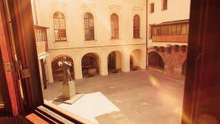 Download Univerzita Karlova Video