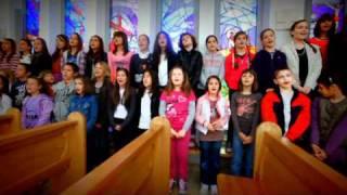 Download Zajedno u Kristu - Dječji zbor župe Sv. Andrije Sućidar Video