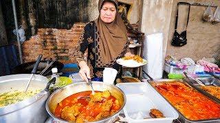 Download Halal Thai Street Food in Bangkok - AMAZING THAI CURRY and ROTI Food Tour! Video