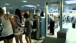 Download Typowa kontrola prezesa na lotnisku Video