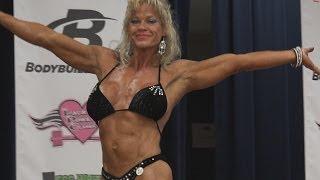 Download Female Bodybuilder Colleen Williams in 4K Video