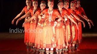 Download Sampradayam - Bharatanatyam Group Dance Performance By Mallika Sarabhai Video