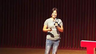 Download 來不及說再見後的新生活運動 | 靜嫻 賴 | TEDxDadun Video
