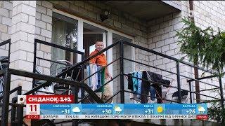 Download В яких умовах живуть будівельники-емігранти - Наші в Польщі Video