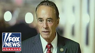 Download Rep. Chris Collins arrested on insider trading charges Video