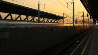 Download 2015-12-12 1659次高鐵通過彰化站 Video