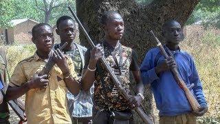 Download DDRR: des ex-combattants rendent leurs armes à Paoua Video