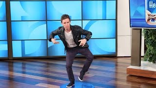 Download Eddie Redmayne Plays 'Heads Up!' with Ellen Video