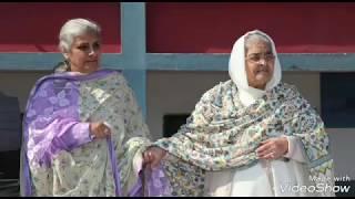 Sudiksha Nirankari Marriage   Sudiksha Mataji Left stage