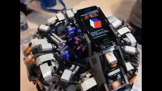 Download The CubeStormer 2 - World Record Rubik's Cube Solver made from LEGO NXT Mindstorms Video