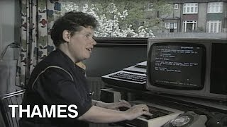 Download How to send an 'E mail' - Database - 1984 Video