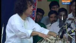Download Zakir Hussain and A.K.Pazhanivel, Part 1.MPG Video