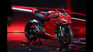 Download Ducati Panigale V4R 2019 - Unveil and Walkaround - First info Video