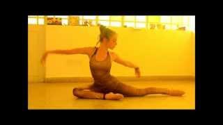 Download Belén, práctica de contorsionismo.wmv Video