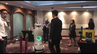 Download Live demonstration of the XYZrobot Video