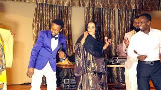 Download Awale Adan & Amina Afrik | -Taageero Makaa Helaa | - New Somali Music Video 2018 Video