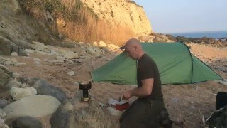 Download fourth wild camping bushcraft trip on beach, Isle of Wight. Video