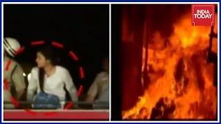 Download AAP MLA, Alka Lamba Disrupts Fire Rescue Operations In Chandi Chowk Video