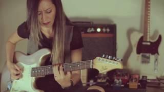 Download Porque Ele Vive - by Lari Basilio Video