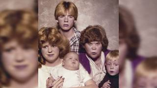 Download Top 10 Awkward Families You Won't Believe Exist Video