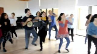 Download chikulata chikita, con Pablo Scornik y Sergio Malqui Video